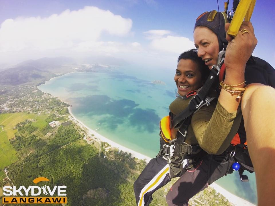Video for SILVER Tandem Skydive